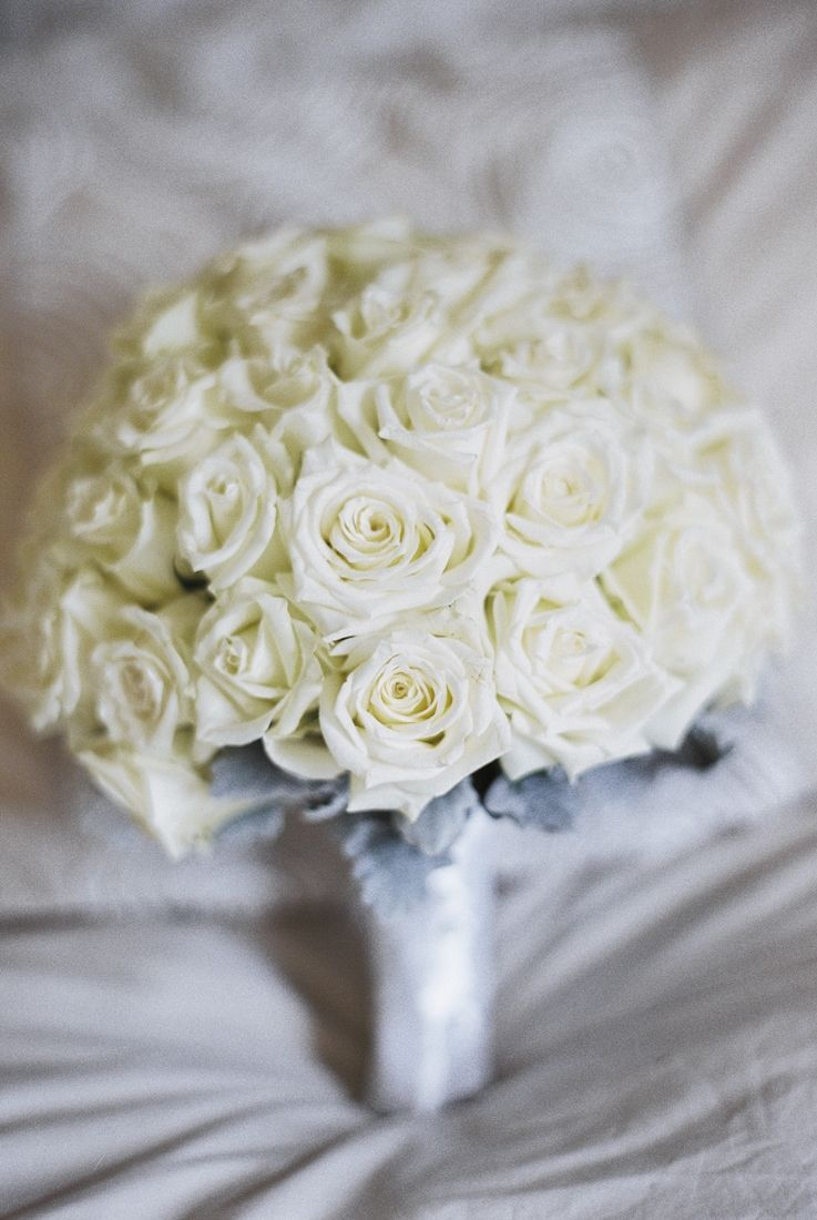 White roses bouquet for A Big Fat Greek Winter Wedding | I take you