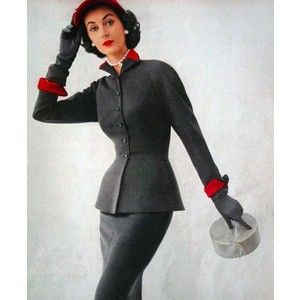 coco chanel s influence on the apparel Coco chanel is not your typical feminist she had a massive impact on the european feminist movement by changing women roles through the power of fashion she was the first designer to abandon to corset and promote less blinding boyish clothing ( working women ).