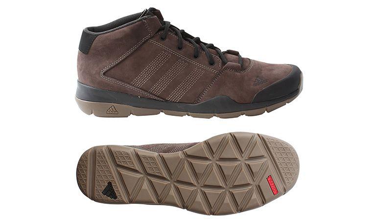 82e852e931 Pánska kožená topánka Adidas. Elegantná mestská obuv určená na jeseň a  zimu. Tieto topánky