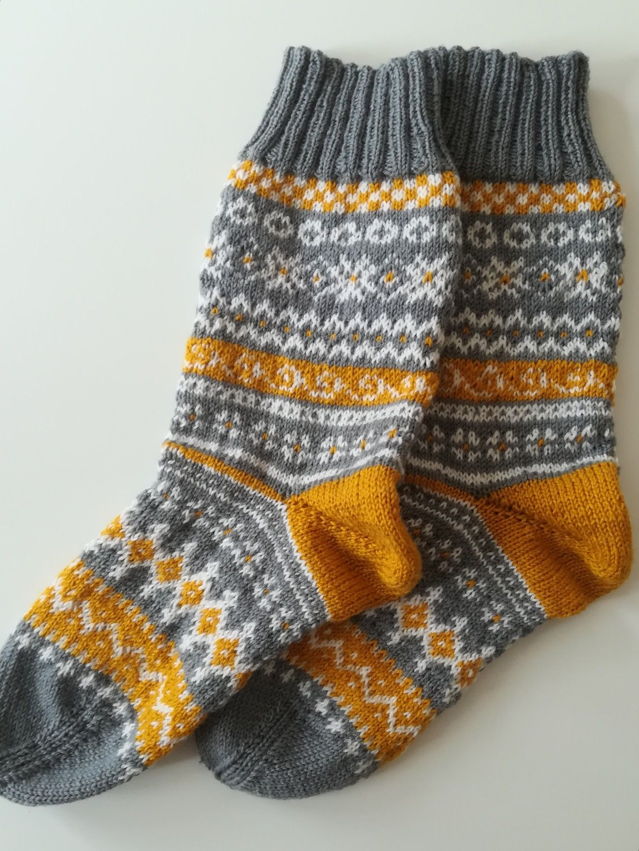 Photo of #fairisle, # sokker, # designbyme, # gulgråhvit, #diy,