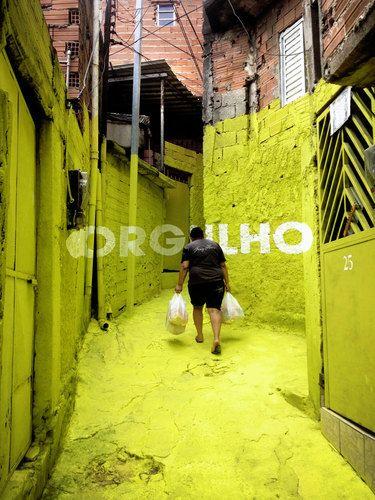 São Paulo, Brazil Luz nas vielas Luce nei vicoli Boa Mistura