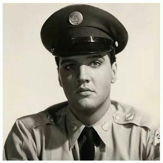 ♡ Elvis Presley