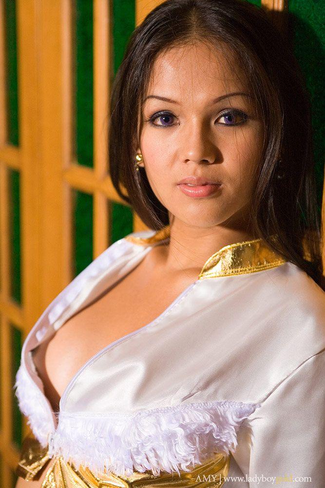 ass Thai ladyboy amy