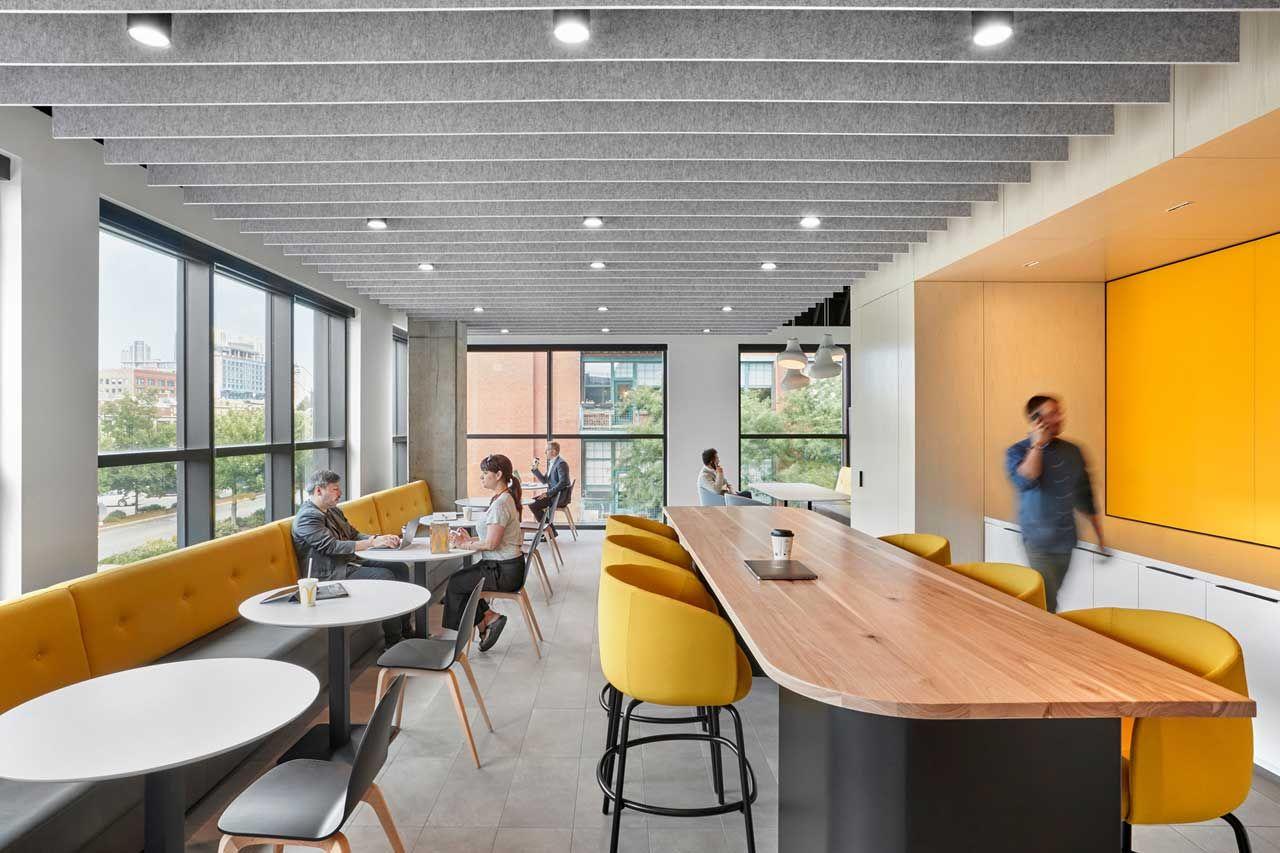 A Peek Inside Mcdonald S New Chicago Headquarters Cheap Office Furniture Interior Architect Lounge Interiors