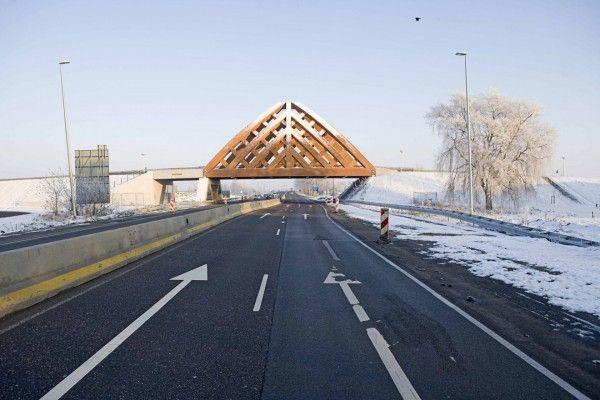 Verkeersbrug A7, Sneek - Onix | Architecten, stedenbouwers en ontwerpers