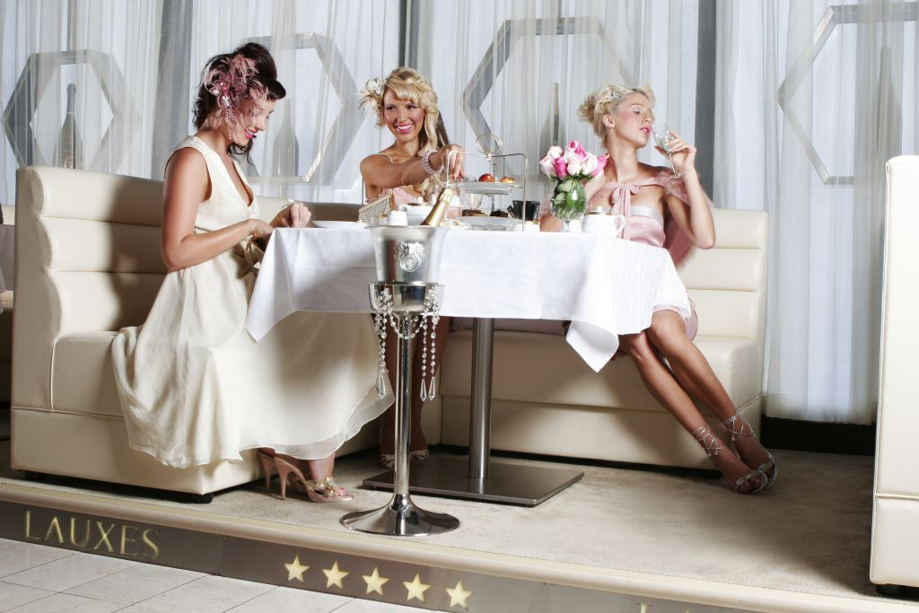 """What to Wear to High Tea   and a hat could be the perfect touch!"""""""