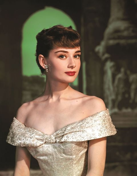 A sneak-peek inside the new book, 'Audrey: The 50s'. #beautifulcelebrities