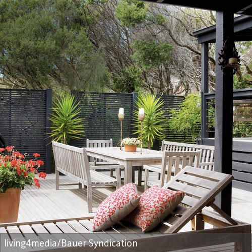 Terrasse Mediterran mediterrane terrasse mit liegestuhl garden ideas and gardens