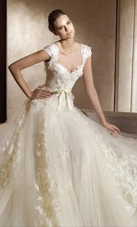 Used Elie Saab Wedding Dress Aglaya Size 2 Get A Designer Gown For Much Less On Preownedweddingdresses