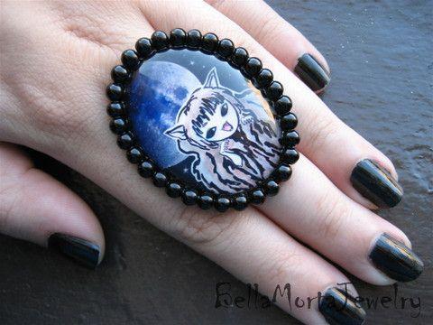Werewolf ring. Artwork by Zombie Romance.