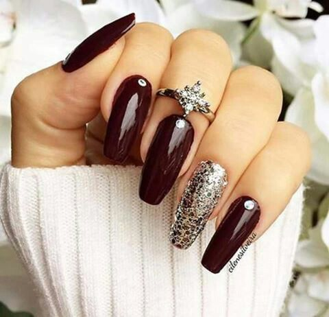 Accent nails designs oxblood nails with crystal glitter accent nail, knucke  ring fall nail art - Fingernails Fingers Or Toes! Pinterest Make Up, Fall Nail