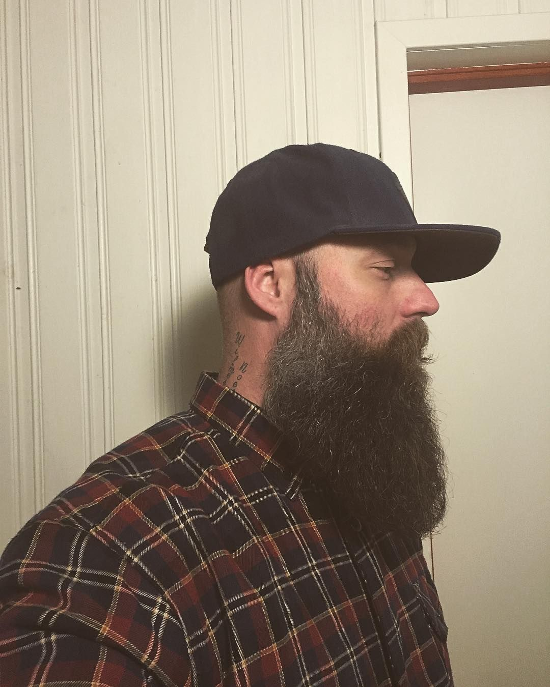 Keep on grinding  . #beard #beardoftheday #beard4all #bearded #staybearded #beardedman #saltybeard #topoftheline #beardo #skäggig #skjegg #beardsarebeautiful #truegentlemen #beards #mybeardisnotatrend #beardedmanappereal #skjeggig #getbearded #selfie #instafollow #skägg #tattos #theinfamouswestcoastbarbershop #labarba #beardthefuckup #instabeard #me
