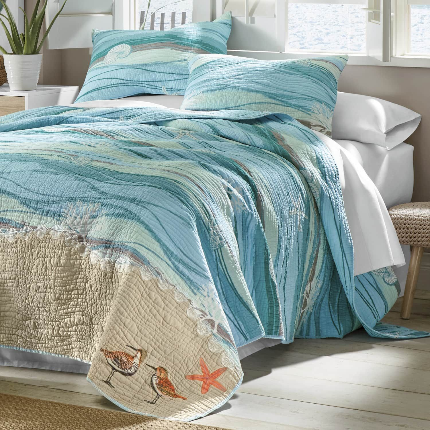 Melbourne Oversized Quilt, Sham, Pillow And Shower Curtain