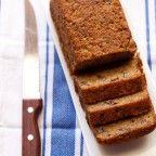 Vegan banana-cake bread