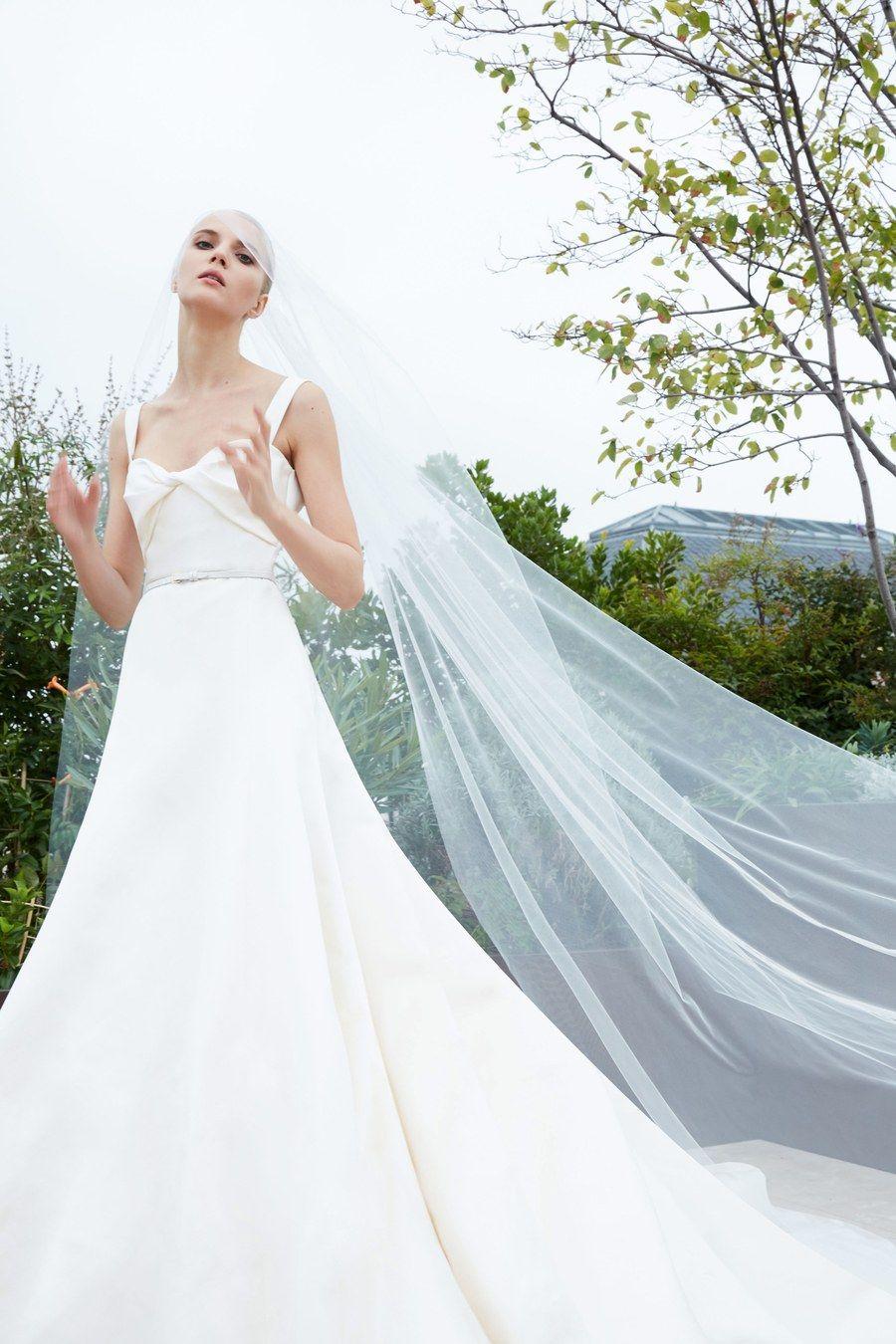 Elie saab bridal fall fashion show in elie saab