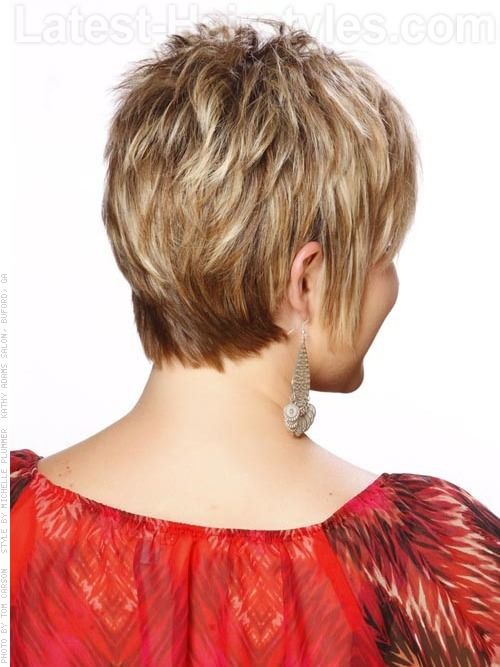 34 Flattering Short Haircuts For Older Women In 2020 Cute Hairstyles For Short Hair Older Women Hairstyles Short Shag Hairstyles