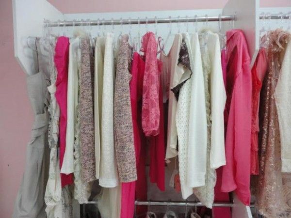 Roupas Consignadas para Vender | Revender roupas, Vestidos