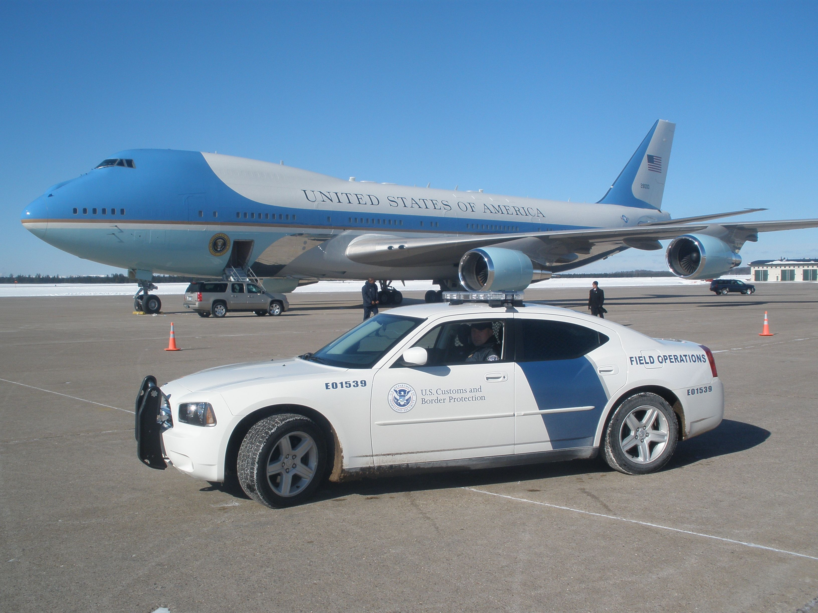 description air force one u s customs border patrol dodge description air force one u s customs border patrol dodge charger police car