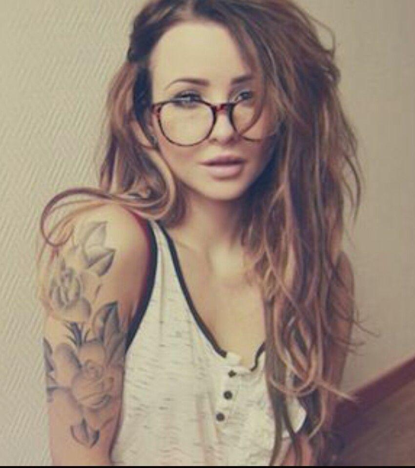 46 Classy Sleeve Tattoo Design Ideas To Inspire For Women Upper Half Sleeve Tattoos Classy Tattoos For Women Arm Tattoos For Women