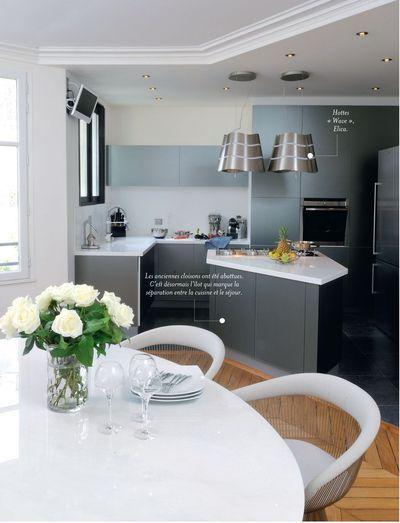 Un lot sur mesure pour une petite cuisine ouverte noir photos et cuisines - Ilot dans petite cuisine ...