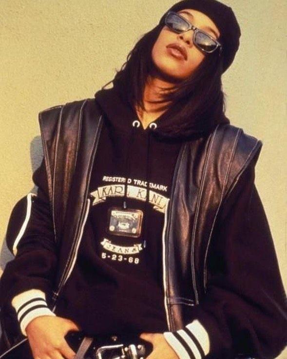 """90's & 00's on Instagram: """"Queen Aaliyah � Follow @oldschool__vibez #aaliyah #aaliyahhaughton #aaliyahdanahaughton #aaliyahforever #aaliyahrip #queen #legend #rip…"""""""