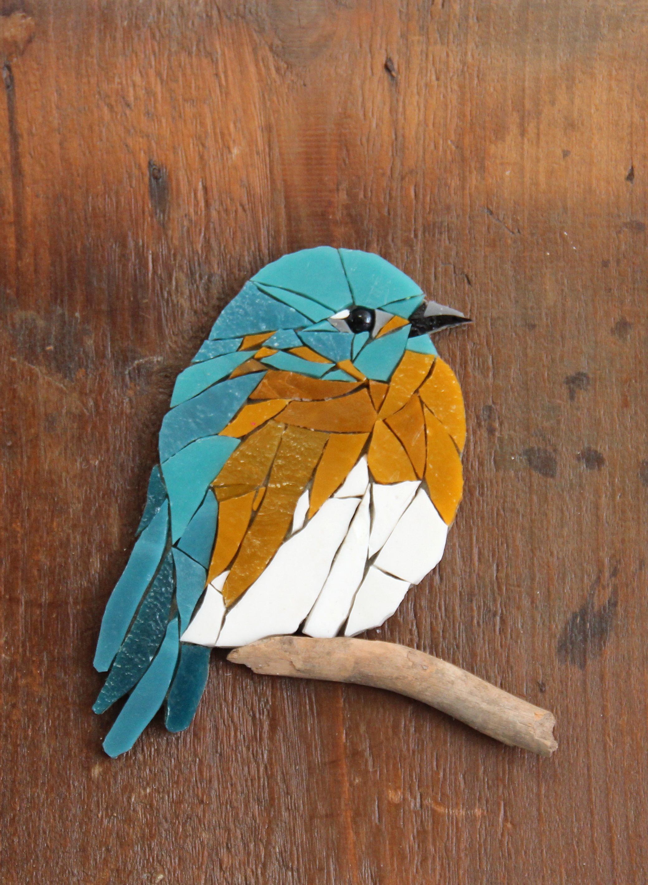 HUGUES, oiseau en mosaïque de verre. #woodart