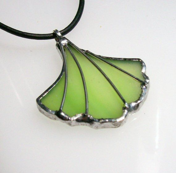 STAINED GLASS GINKO LEAF PENDANT