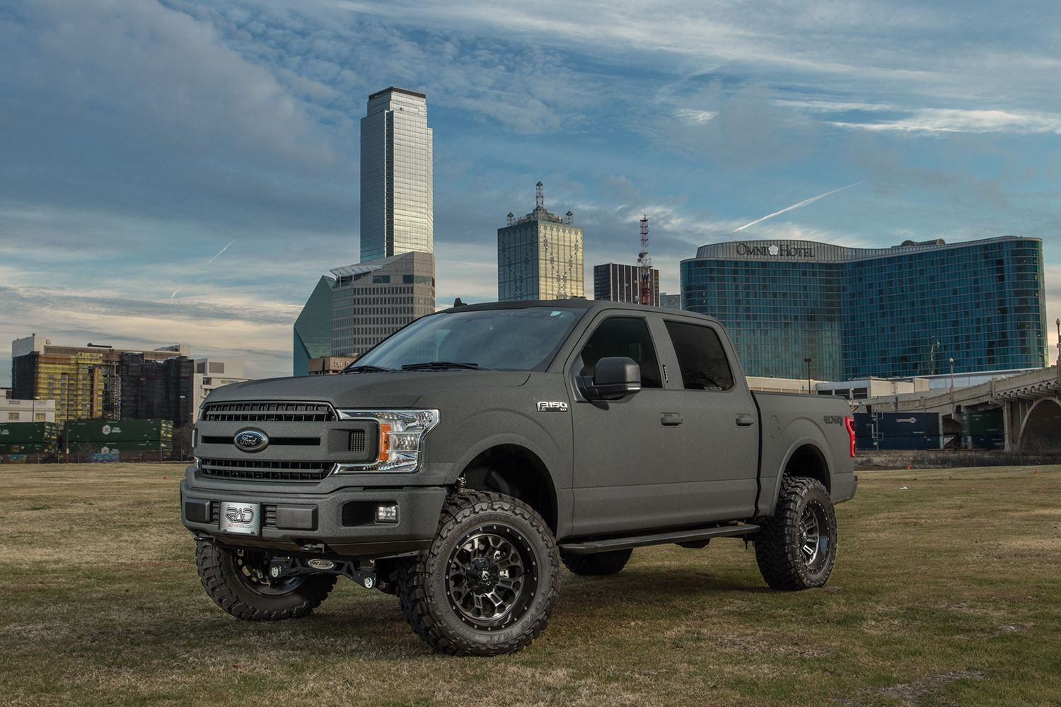 2018 Ford F150 XLT Gray Kevlar 4x4 Lifted Truck