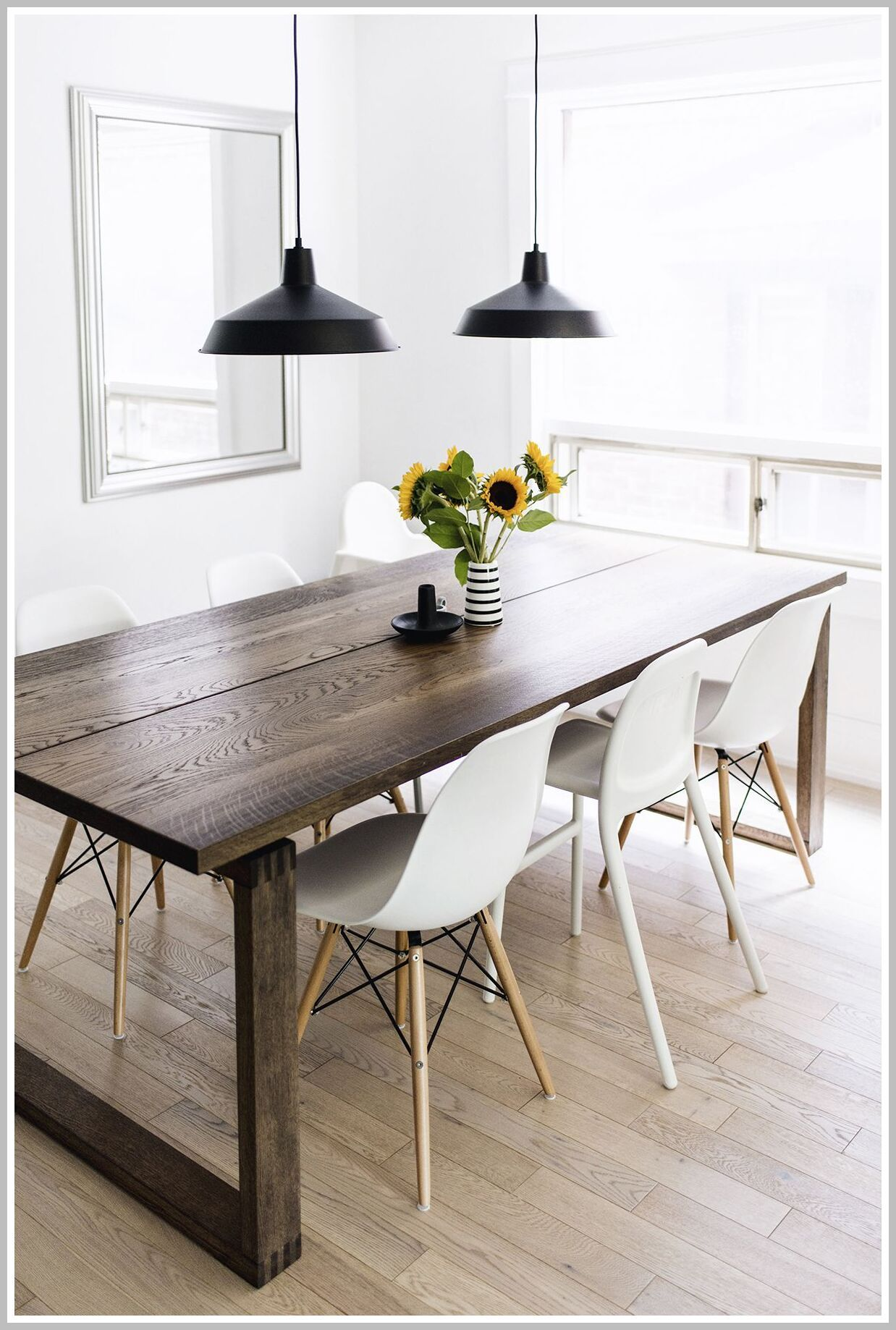 51 Reference Of Scandinavian Style Dining Table And Chairs In 2020 Scandinavian Dining Room Scandinavian Dining Table Dining Room Furniture Design