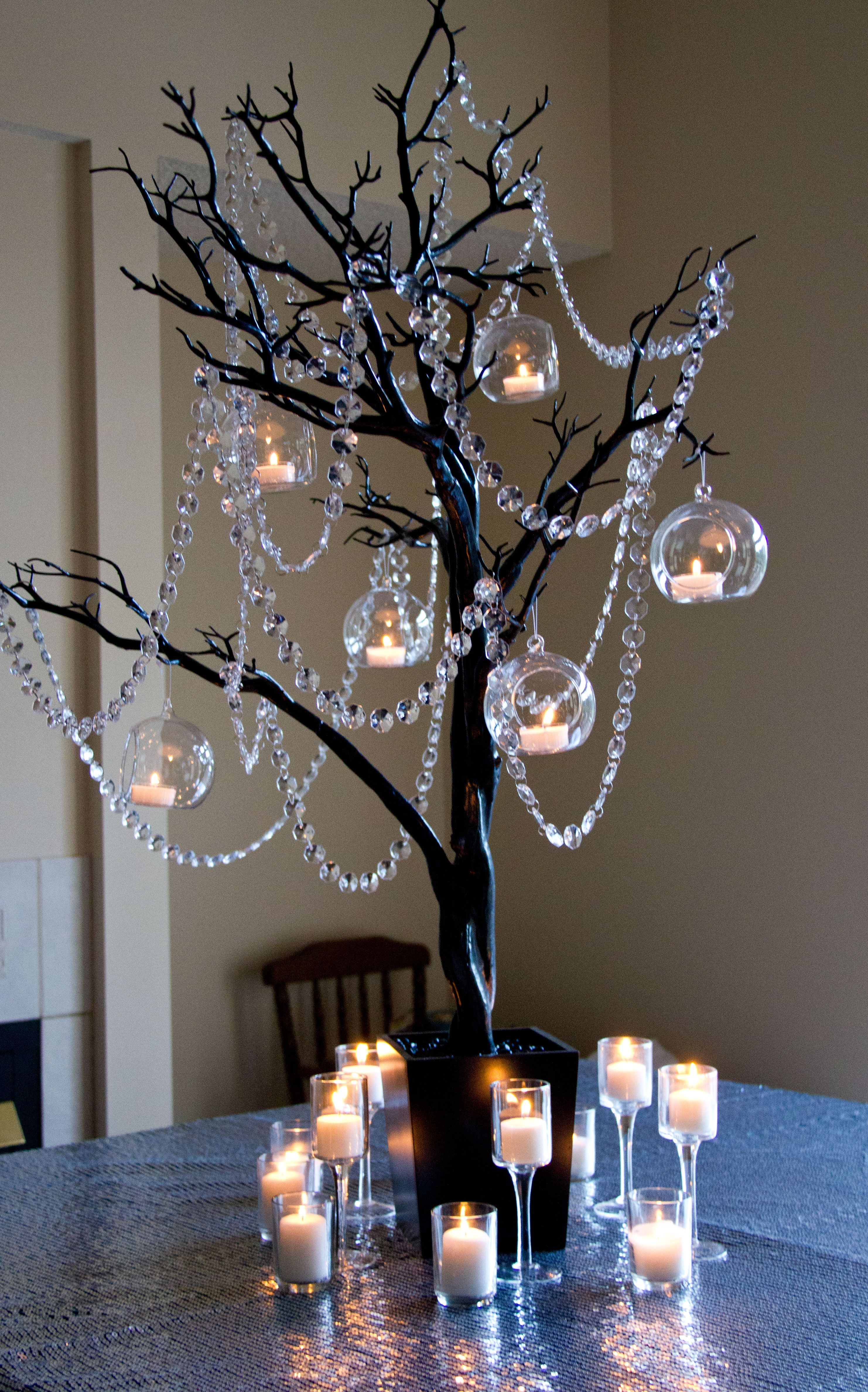 Black Manzanita Tree With Crystal Garland And Hanging Tealights