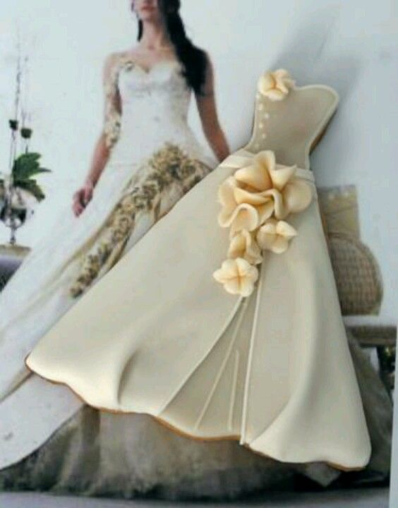 Vestido novia con flores