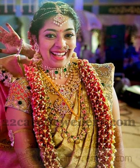 Smiling Bride In Kundan Diamond Sets Jewellery Designs South