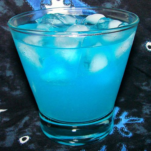 Pin By Allie Brodeur On I Drink To Make Other People More Interesting Punch Drinks Festive Drinks Refreshing Summer Drinks