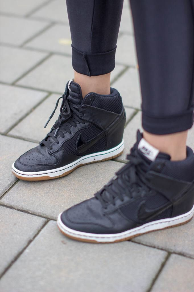 via stylerution nike dunk sky hi black minimal fashion