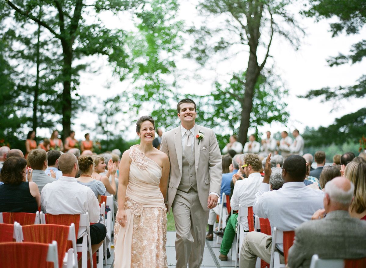LAKESIDE WISCONSIN WEDDING | STACEY & MAX! — The ...