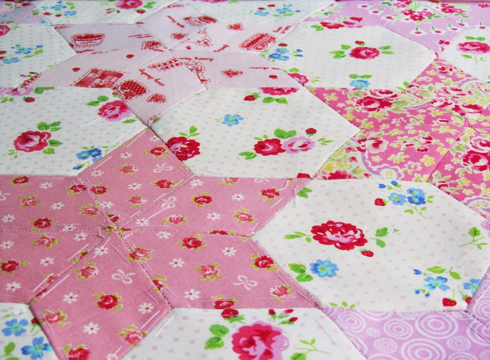 Piercing ideas for quilt backing  Helen Philipps  HEXAGONS  Pinterest  English paper piecing Paper