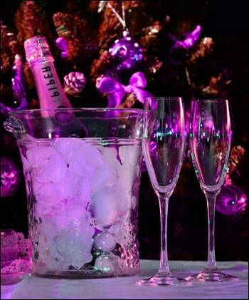14 Fun New Years Eve Party Games and Ideas | New years eve ...