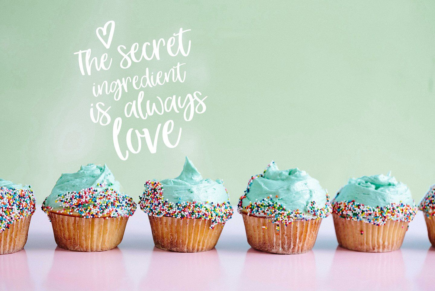 Hey Girl fun smooth brush font Easy cupcakes decoration