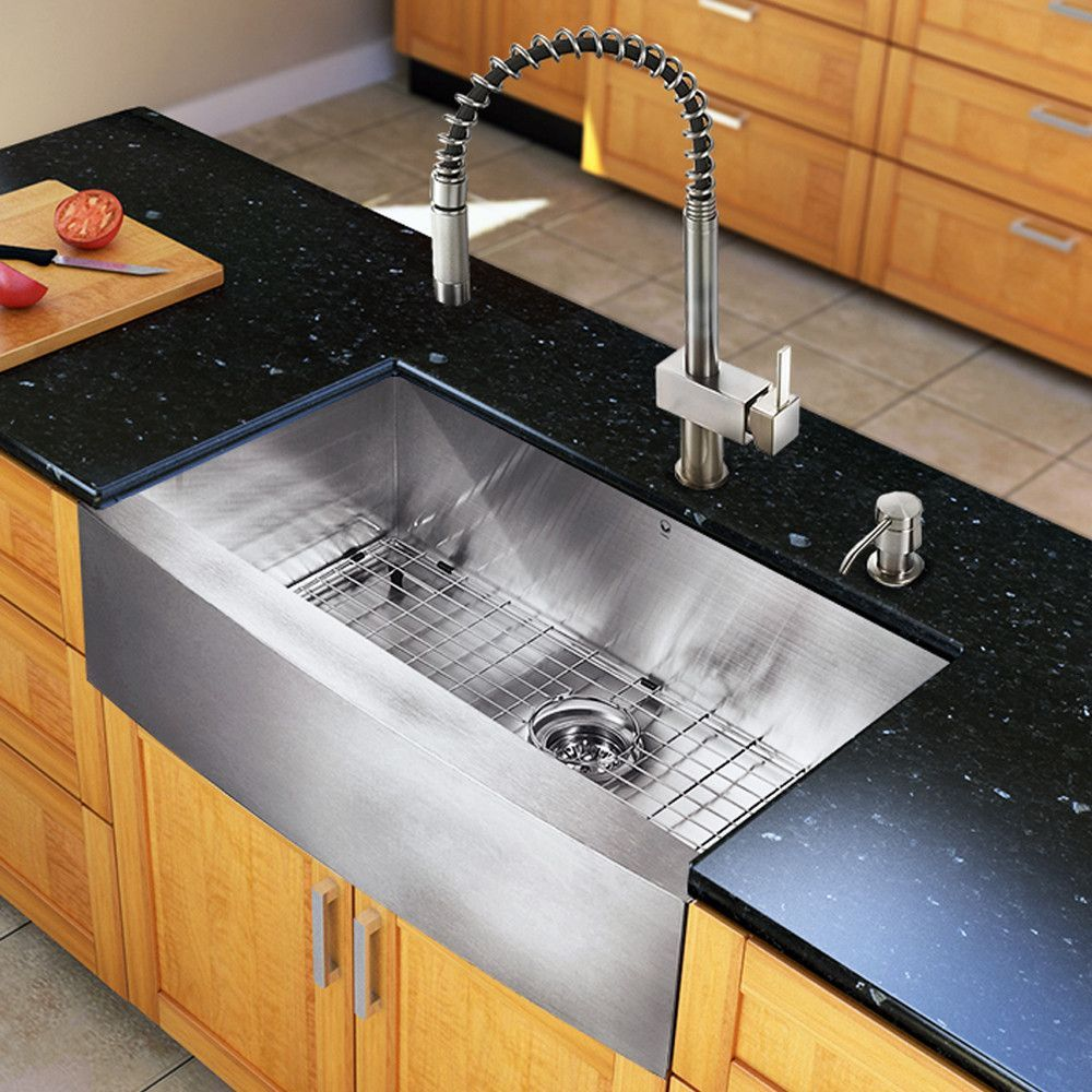Vigo All In One 33 Inch Farmhouse Stainless Steel Kitchen Sink And