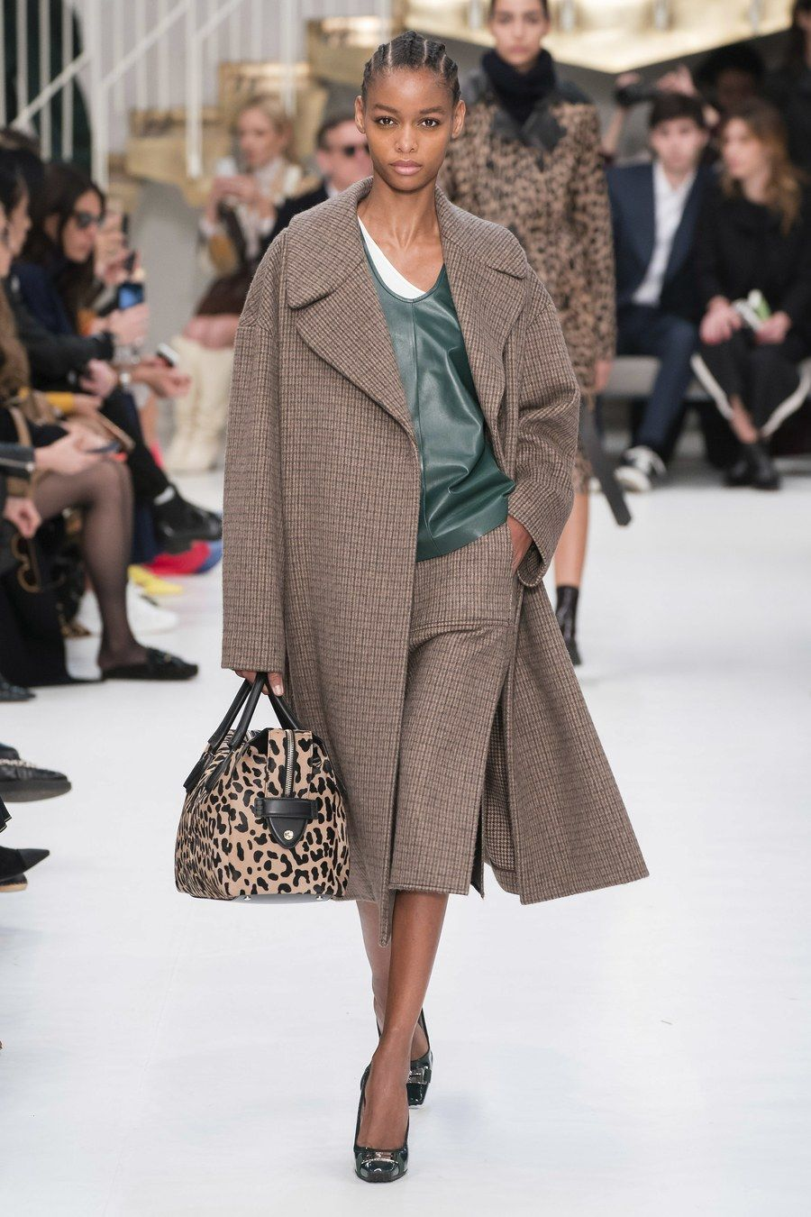 Sfilata di moda ready-to-wear dell'autunno 2019 di Tod's