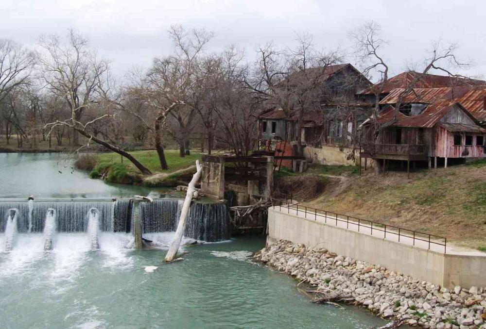 Best Swimming Pools and Nature Spots Near San Antonio ...