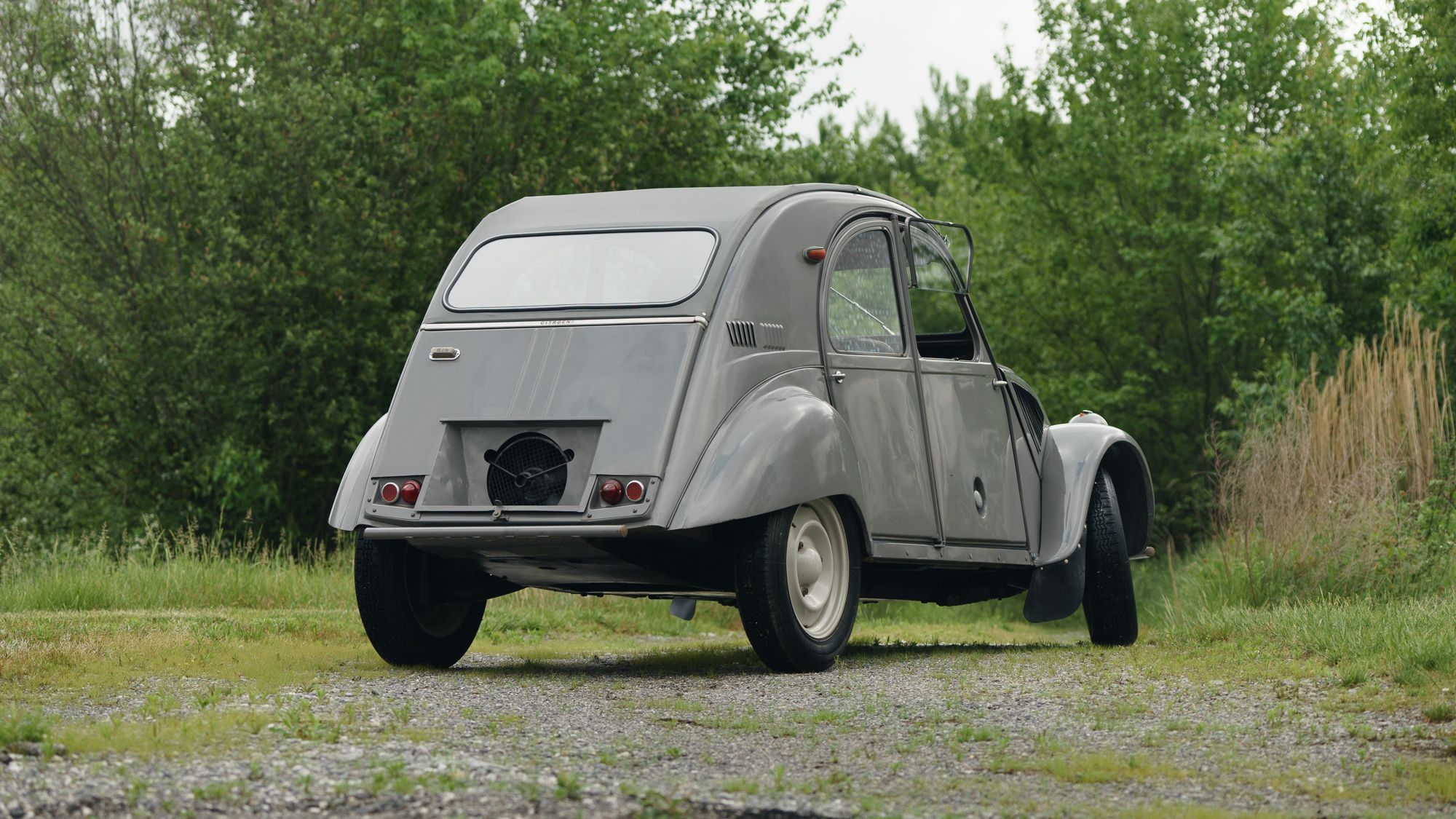 The Finest Automobile Auctions Citroen Citroen 2cv Sahara