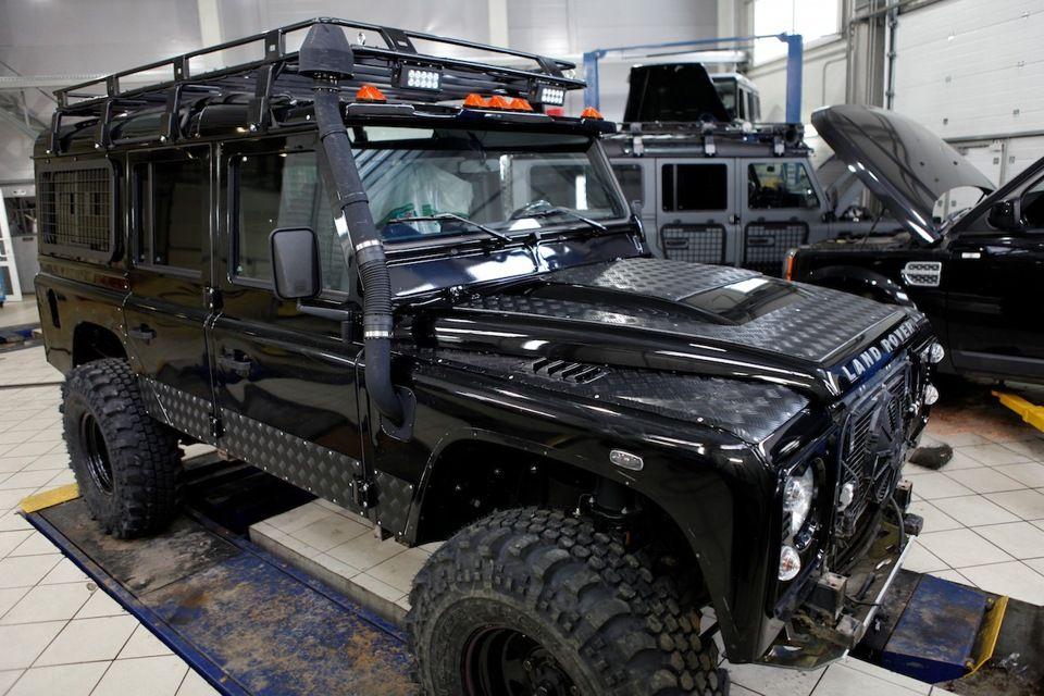 I Land Rover Defender 90 Lifted - Likegrass.com