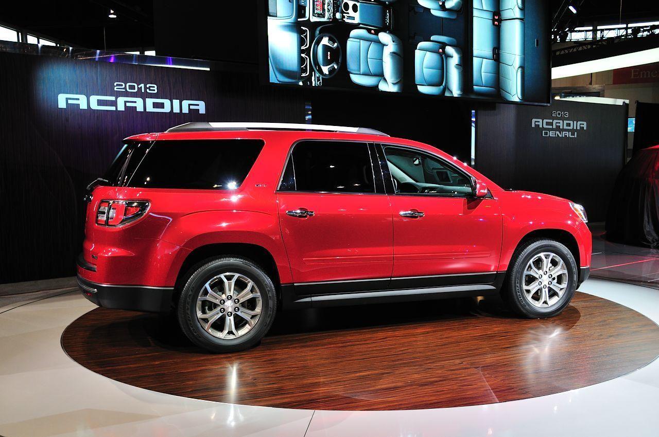 General Motors представил GMC Acadia 2013года General