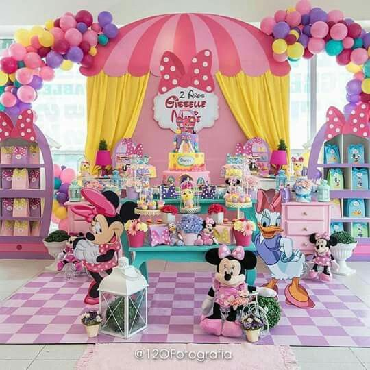 Pin de claribel olvera en minnie mouse birthday party - Decoracion para cumpleanos infantiles en casa ...