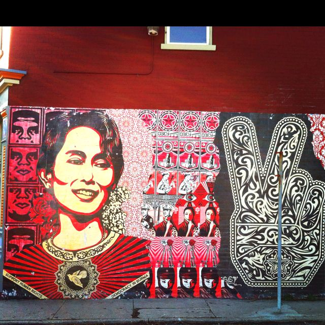Shepard Fairey In Northside A Neighborhood Of Cincinnati Ohio Amazing Street Art Protest Art Best Street Art