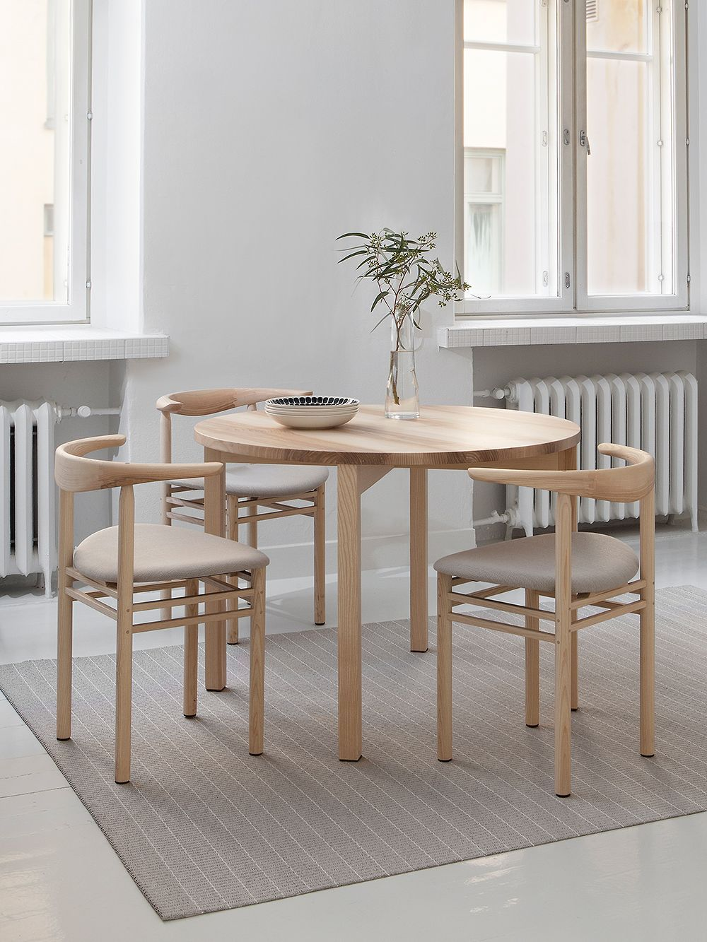 The Japandi Trend Combines Japanese And Nordic Design Language In A New Way Design Stories In 2020 Scandinavian Furniture Design Furniture Design Modern Nordic Design