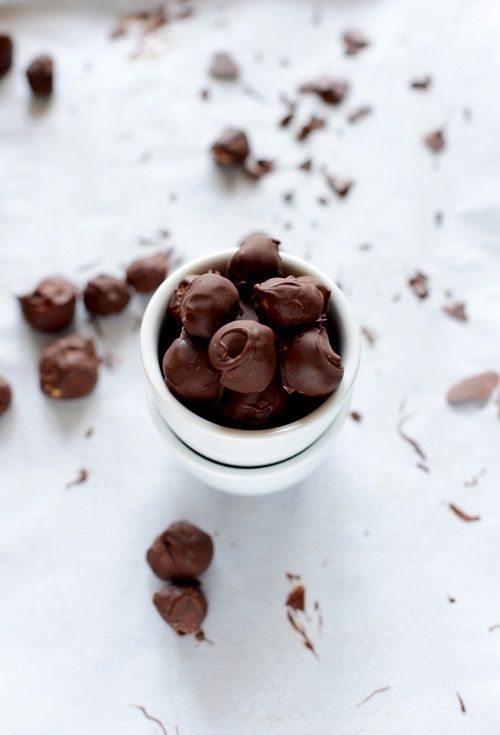 Simple food photography chocolate covered popcorn