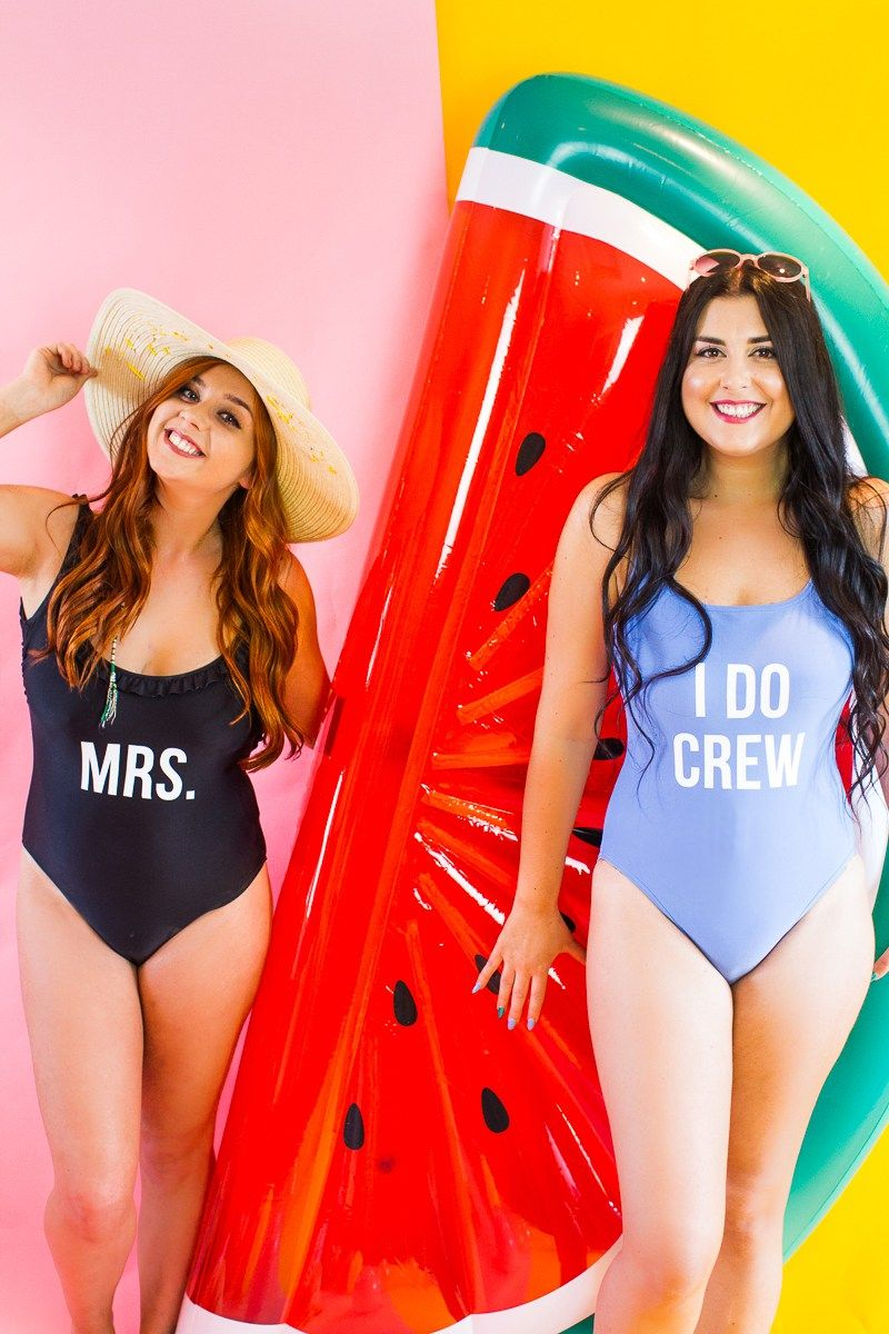 88aa737f88437 DIY Slogan Swimsuits Bride gift Bridesmaid Gift Present Idea Fun Honeymoon I  do crew Mrs Swimwear -11
