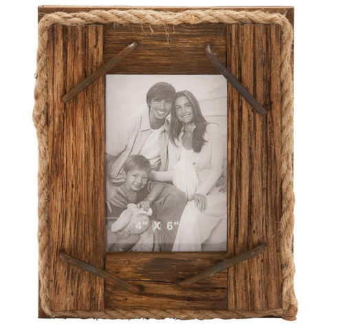 Rustic Wooden Picture Frames Natural Wood Frame Metal And Rope Accents Create The Effect Of Rough Hew Photo Frame Design Wood Photo Frame Picture Frame Hangers